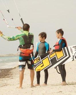 1 Kitesurfing lessons