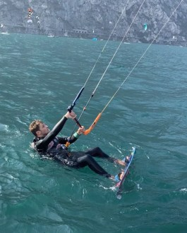 kite – wing  camp 3 giorni alloggio incluso marzo \ aprile