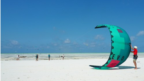 The principles of Kitesurfing | Kitesurfing Lessons at Kite Centre Zanzibar