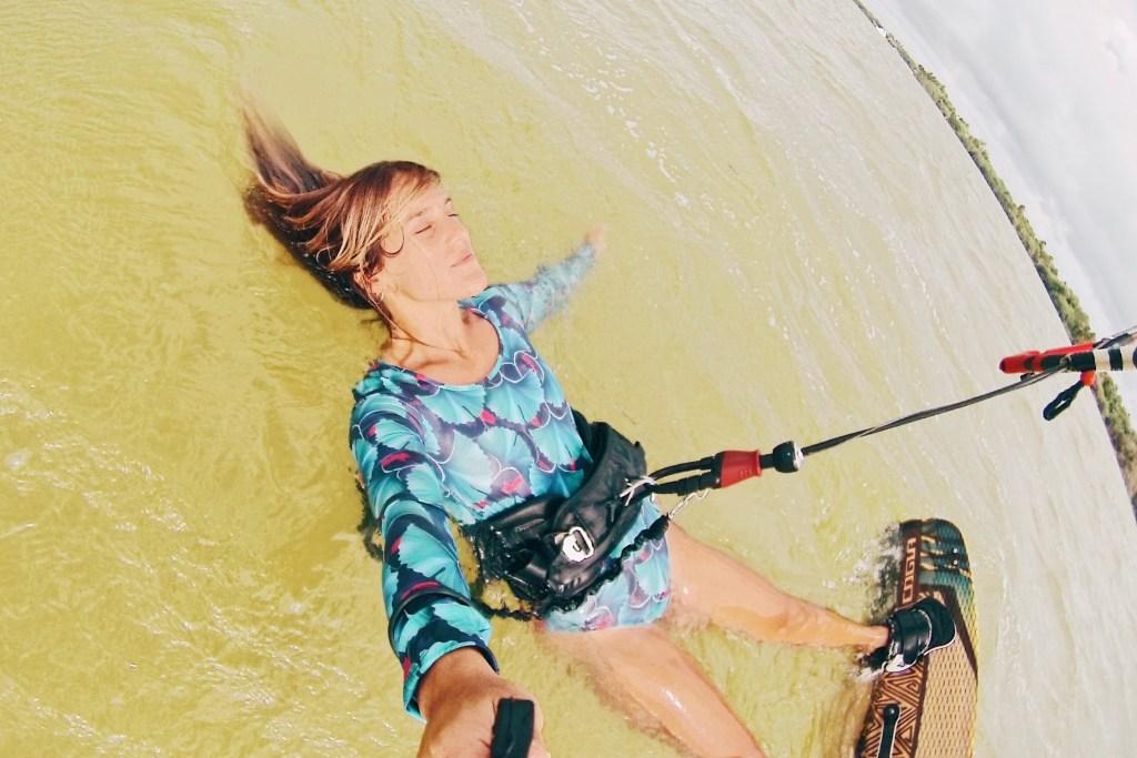 Lee más sobre el artículo Qué es el Kitesurfing?