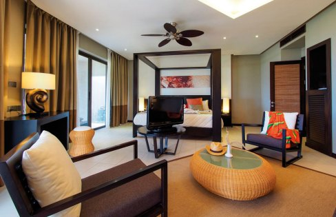 The rooms at Crystal Beach Resort