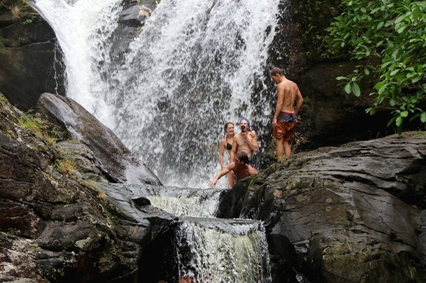 Blue Palawan waterfall with KPL