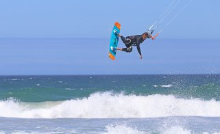 Kiteworld head tester Chris Bull in Cape Town