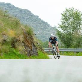 Road cycling Viana