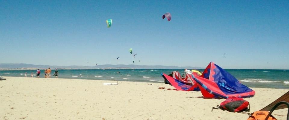 kitesurfing school la maddalena spiaggia kitezoneit