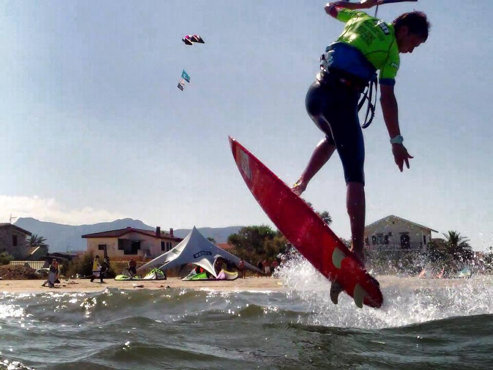 scuola kitesurf la maddalena spiaggia kitezoneit