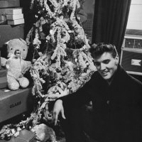 The Truth Behind Elvis' Blue Christmas