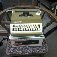 Retro Marx Typewriter & Box
