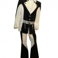 Elvis' Penguin Suit Up For Auction