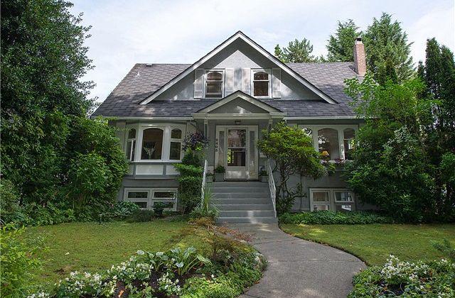 Kitsilano House: 2405 West 14th Ave
