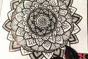 Jul 2-8 – Mandala BuJo Closeup…