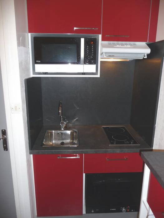 Kitchenette Tahon Rouge Kitchenette Paris Ile De France