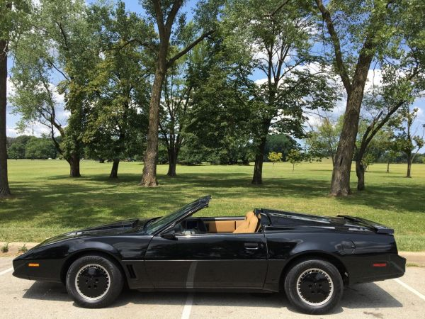 Movie Knight Rider Convertible - Year of Clean Water