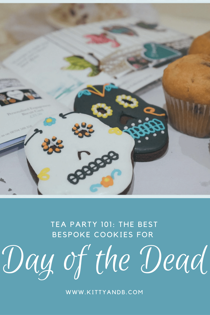biscuiteers-12-delicious-handmad-bespoke-biscuits-for-your-day-of-the-dead-party-biscuiteers-www-kittyandb-com-4