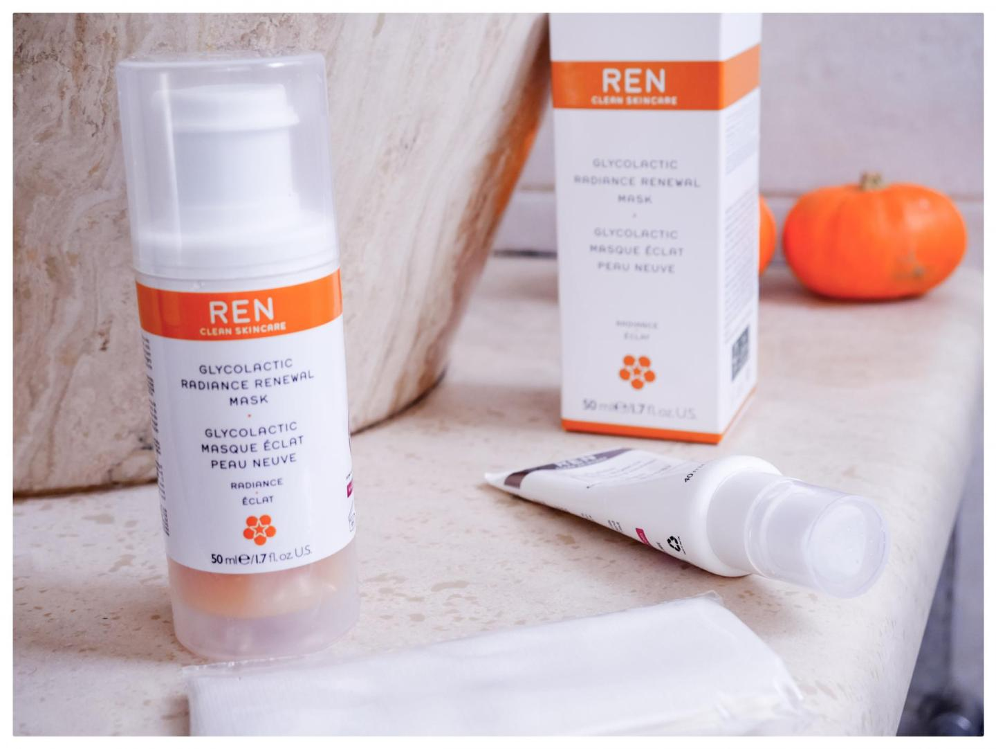 ren-skincare-glycolactic-radiance-renewal-mask-review-kitty-and-b