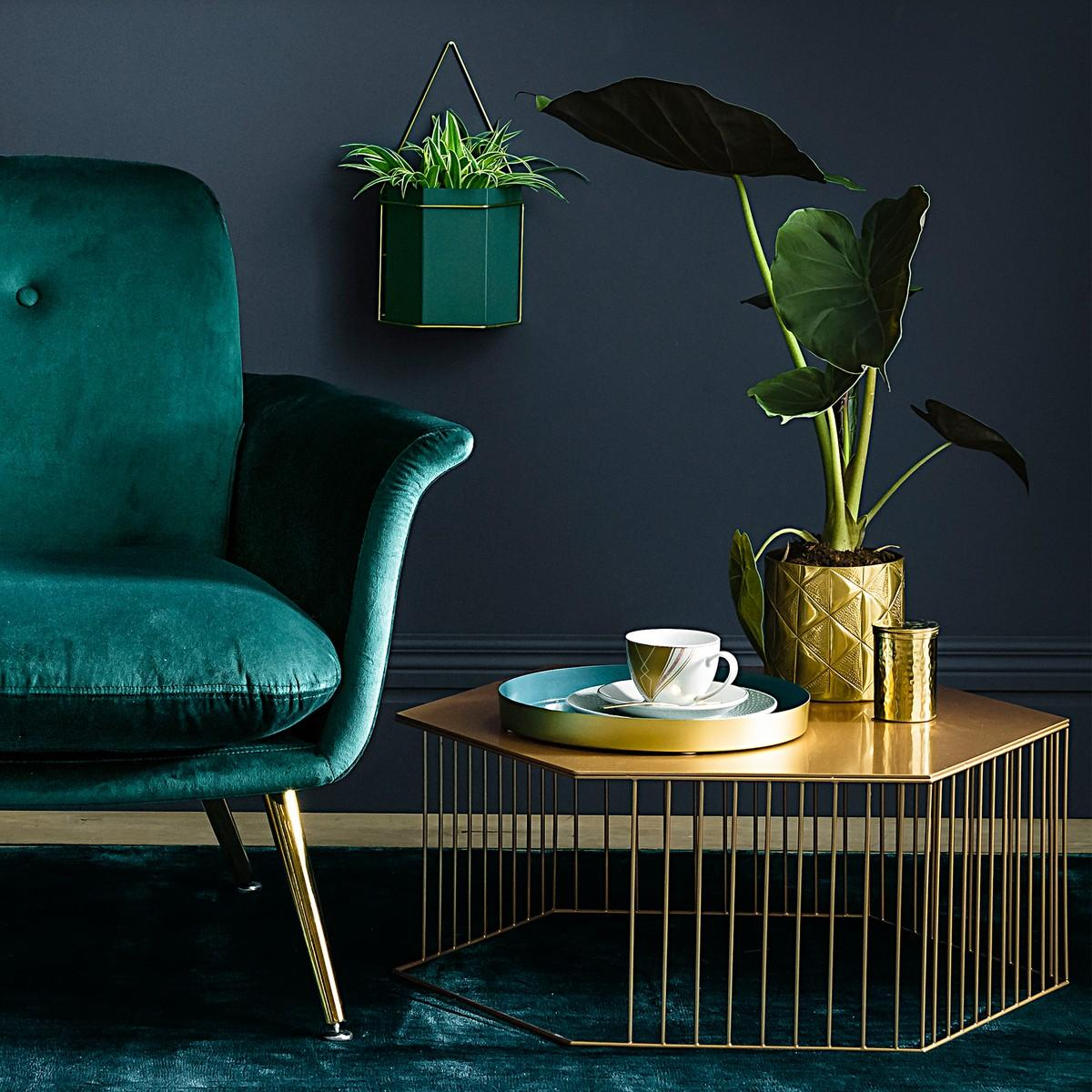 Let's talk about green colour schemes for the perfect green living room