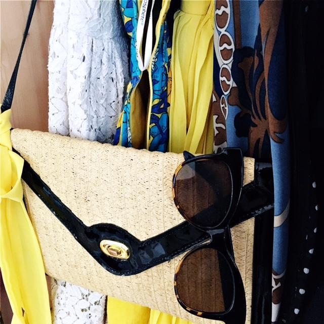 10 Ways to Declutter and maximise your wardrobe like a pro