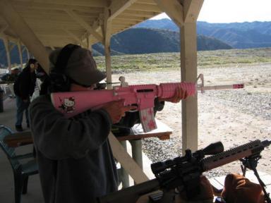 M16- Hello Kitty