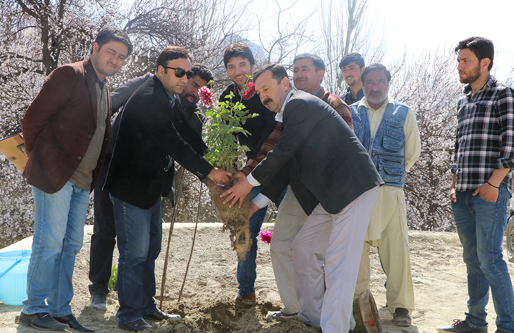 plantaion-and-flowering-at-Hunza-campus