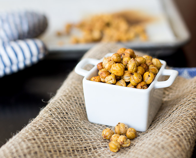 Crunchy roasted chickpeas
