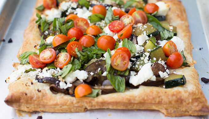 5 Favorite Pizza Recipes - nectarine brie and bacon, grilled margherita, Mexican pita and more! Here are five of our favorite tried-and-true pizza recipes.
