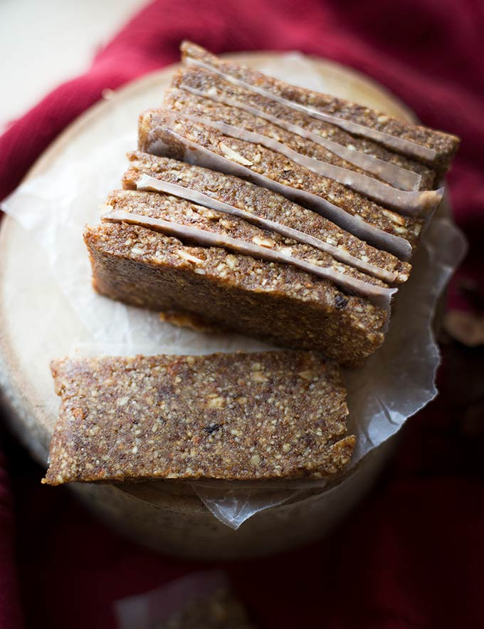 Gingerbread Bars - raw, vegan and gluten free. Made with dates, nuts and a dash of ginger for a simple, sweet treat.