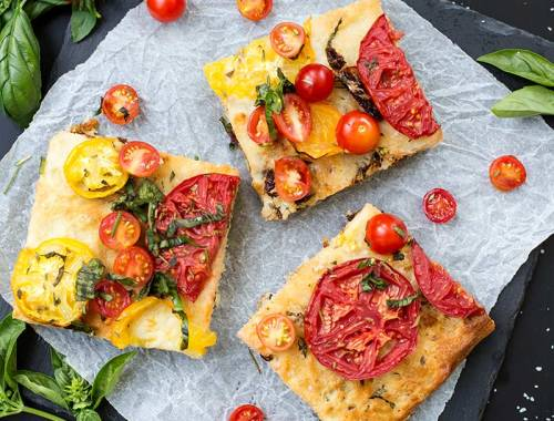 Triple Tomato Focaccia Bread - soft, fluffy foccacia bread full of sun-dried, cherry and garden tomatoes. A simple way to make delicious homemade bread!