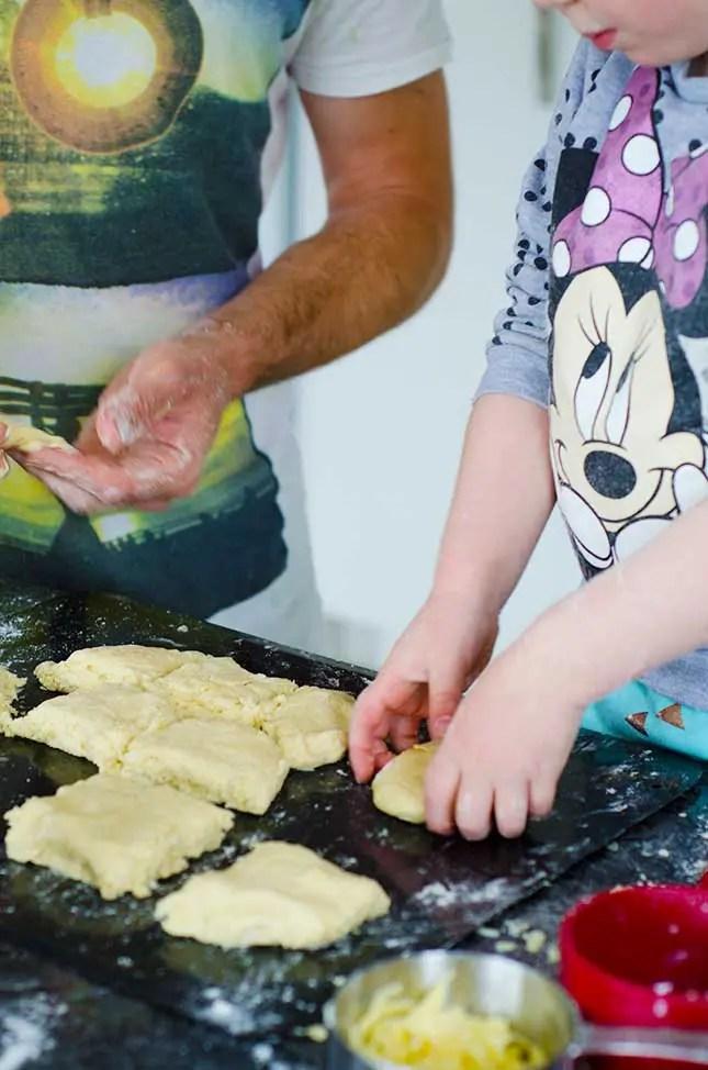 easy-cheese-scones