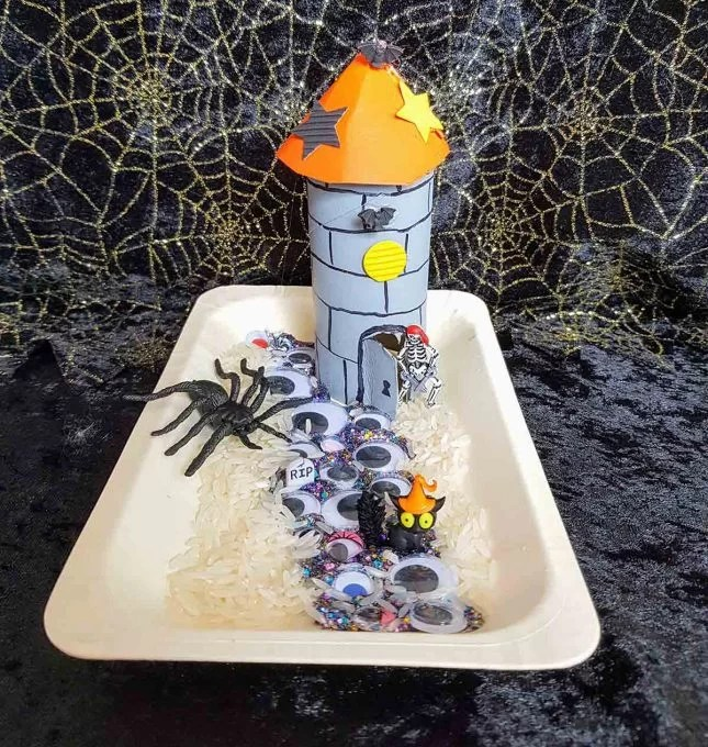Make a toilet roll haunted tower scene