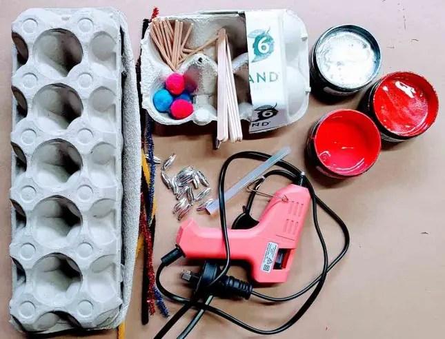 Egg carton fire truck materials