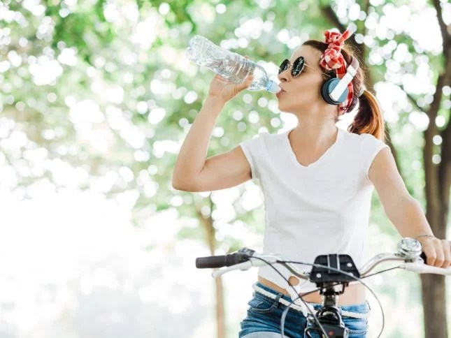 5 Food Groups Teens Should be Eating - And What to Avoid-water