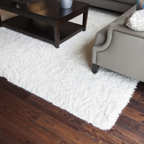How to Clean an Area Rug on a Hardwood Floor