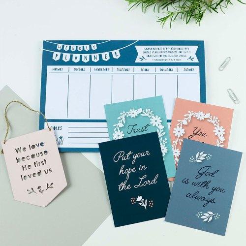 Bible verse weekly planner gift set