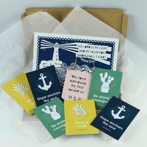 Lighthouse print gift set