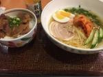 冷麺風カペリーニと牛カルビ丼