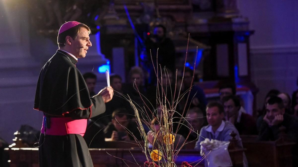 Christkönigsfest in Linz u. a. mit Bischof Stefan Oster