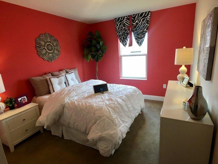 Home Staging Bedroom Design