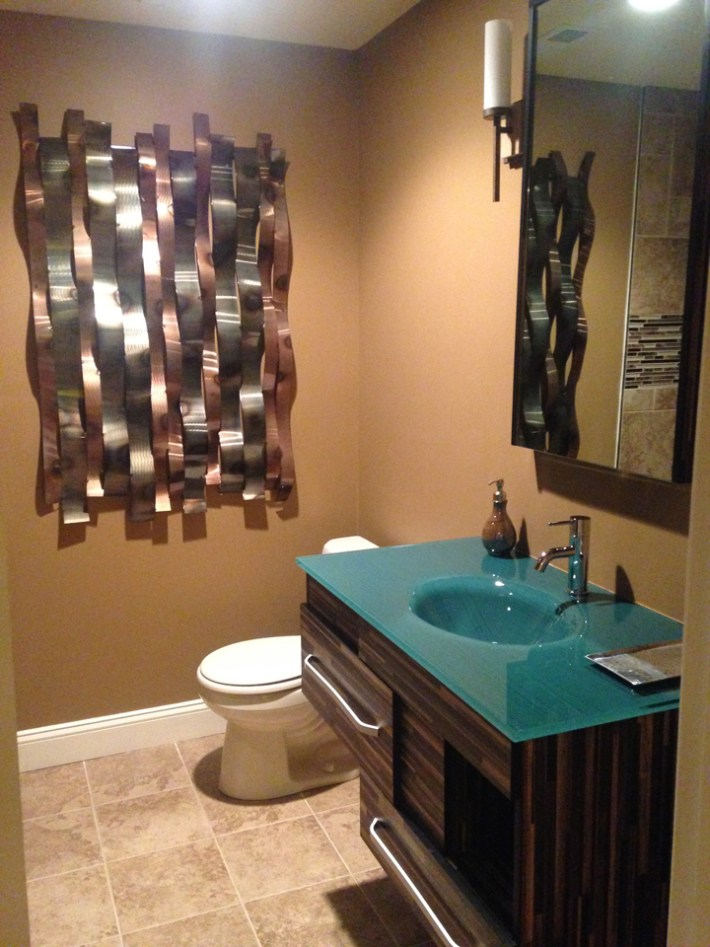 Bold Color Bathroom Makeover