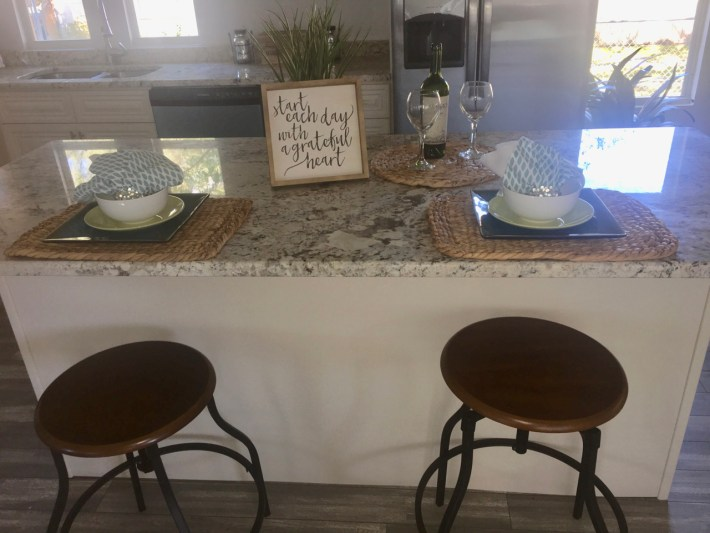 Home Staging Kitchen Island
