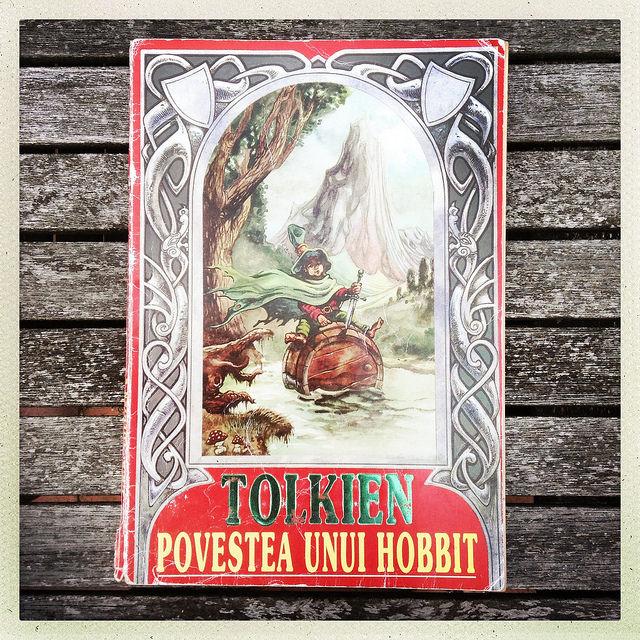 Povestea unui hobbit - Editura Elit, 1995
