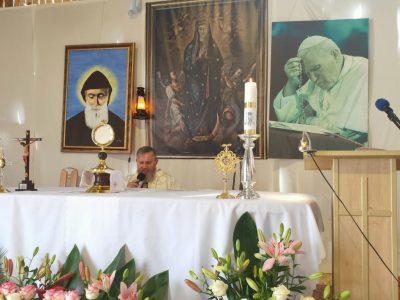 22 września  nabożeństwo do świętego Charbela  w sanktuarium we Florencji