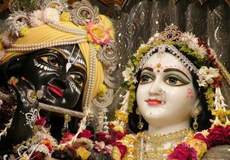 Sunday_Deity_Darshan_mayapur
