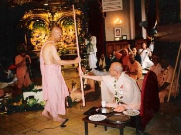 08-Bhaktivedanta-Manor-1997
