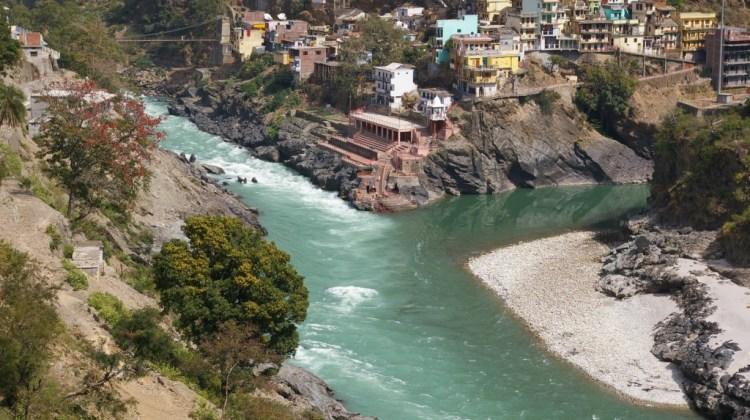 devprayag_-_confluence_of_bhagirathi_and_alaknanda