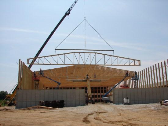 Roof trusses k k industries inc for Custom roof trusses