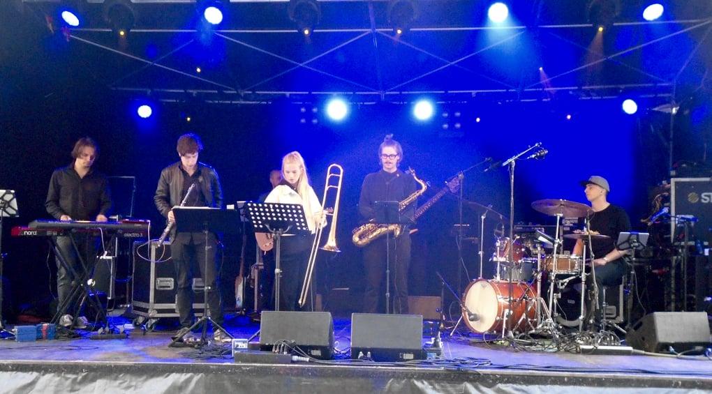 Greyheads openen podium Kerkplein van Jazz in Duketown in stijl - ©ronald_rijken