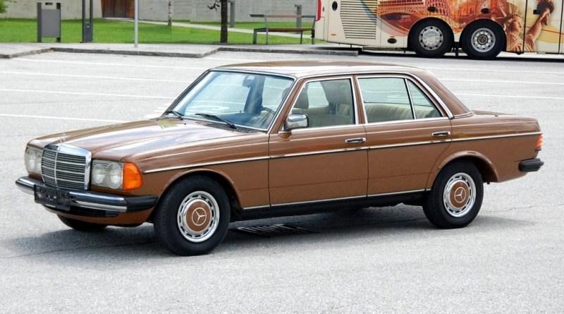 23 Bin Km.de! 1979 W123 Mercedes-Benz 200 Olur mu?
