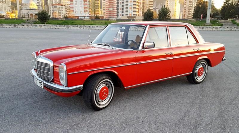 Kayseri'den Bir Güzel W115 Mercedes-Benz 230.4