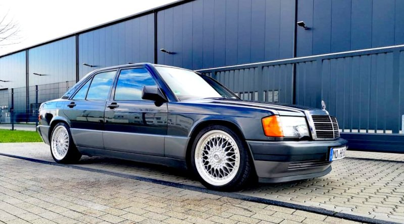 1989 W201 Mercedes-Benz 190E 2.3 134 Hp.