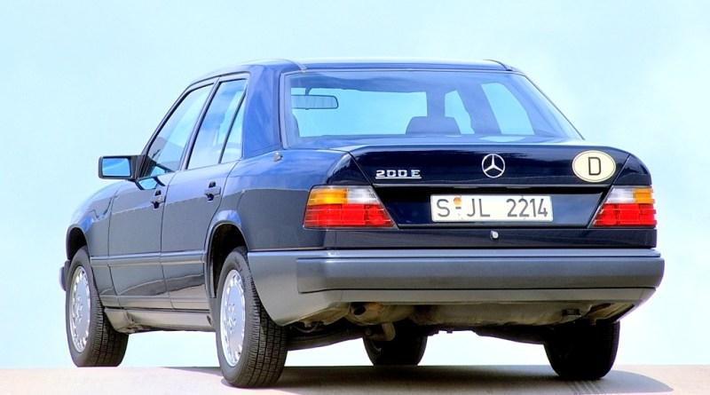 W124 Mercedes-Benz 200 E  Rehberi